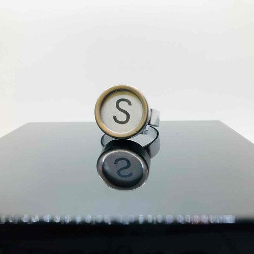 """Schreibmaschinen-Ring """"S"""""""