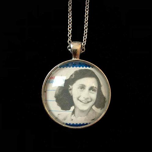 Anne Frank (rund)