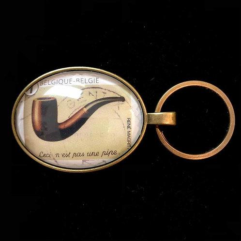 """Magritte: """"Ceci n'est pas une pipe"""" (gestempelt)"""