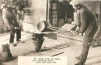 Coulage de l'or à la mine de Cheni au début du XXe siècle