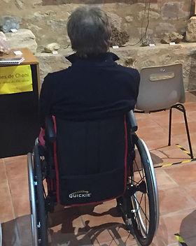 Handicapé moteur dans l'espace video