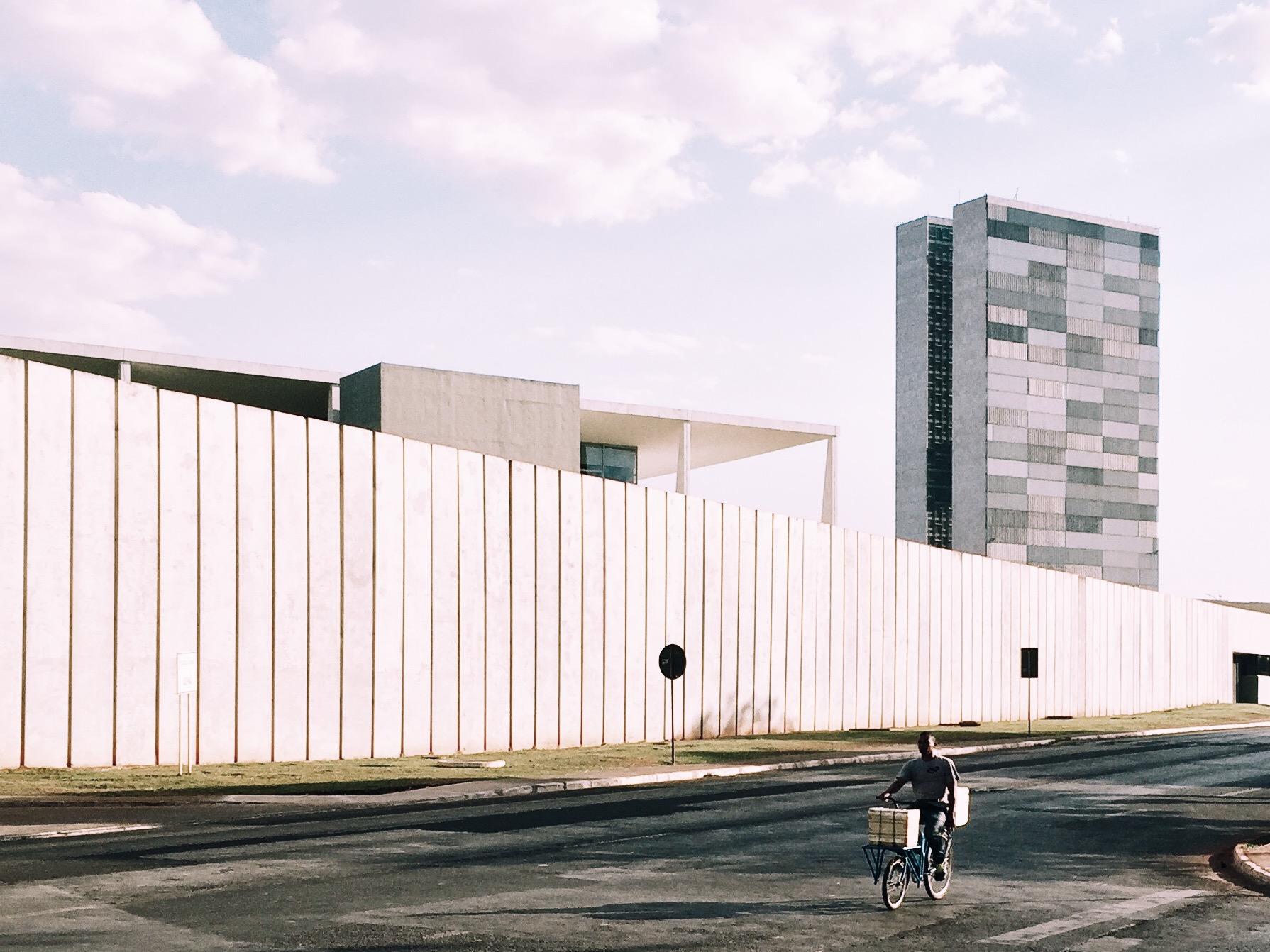 Palácio do Planalto e Congresso.