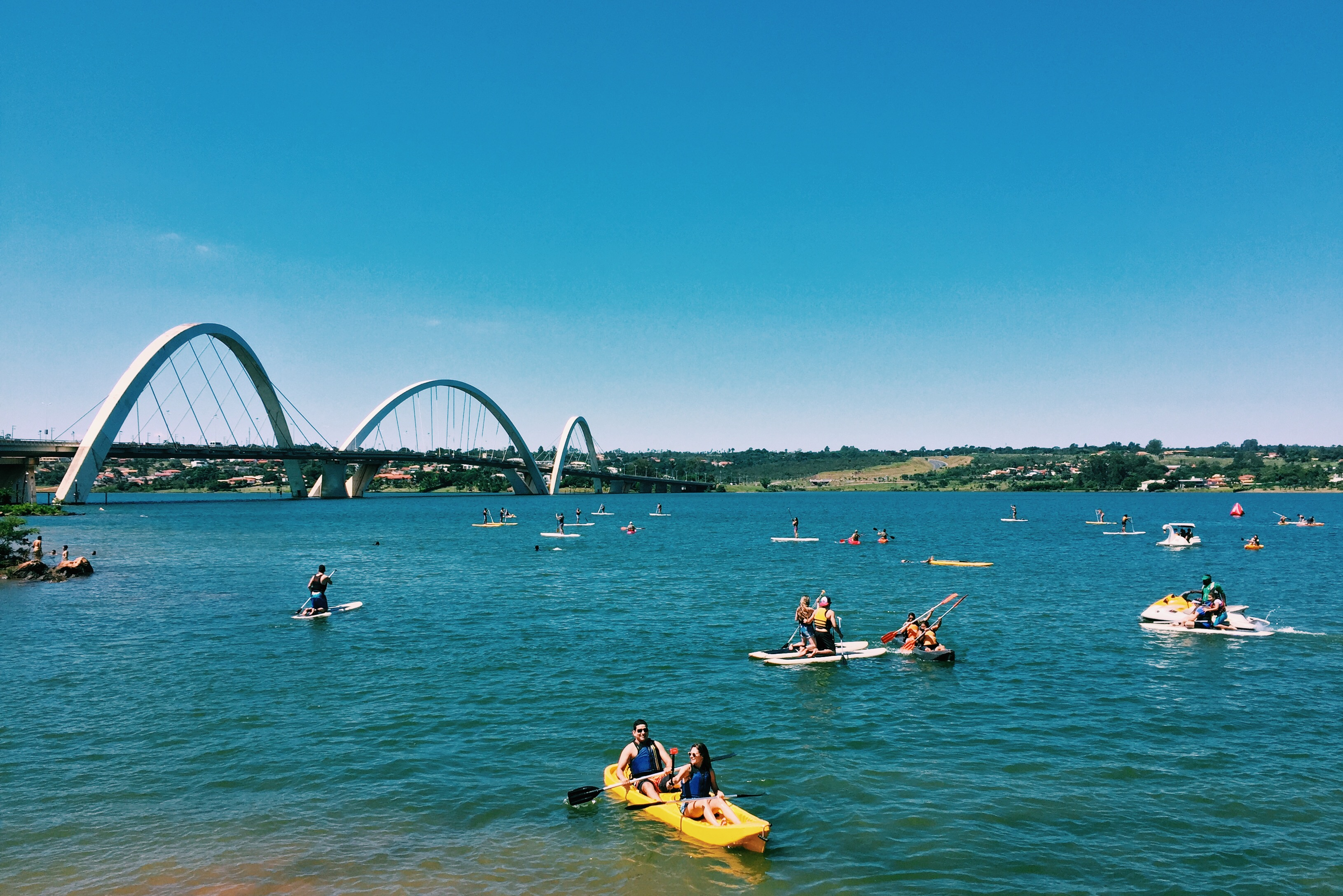 Lago Paranoá e Ponte JK.