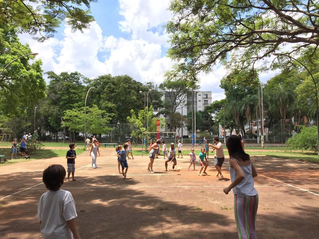 Atividades esportivas ao ar livre.