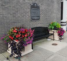 bench/planter