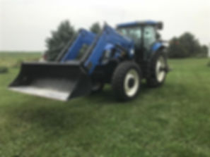 2007 New Holland T7060 MFWD Tractor Load