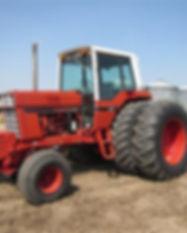 1981 International 1586 2WD Tractor.jpg