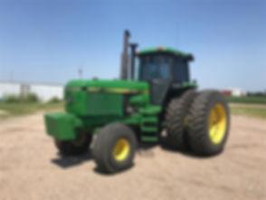 1988 John Deere 4850 2WD Tractor.jpg