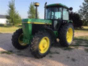 1990 John Deere 3155 4X4 Tractor.jpg