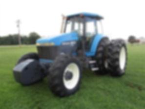 1999 New Holland 8970 MFWD Tractor.jpg