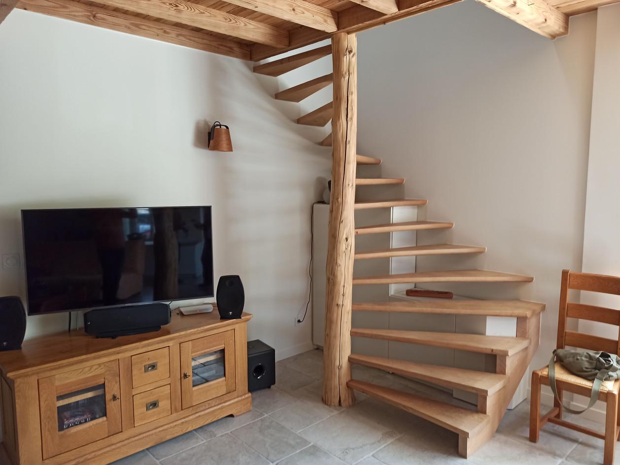 Salon + Escalier