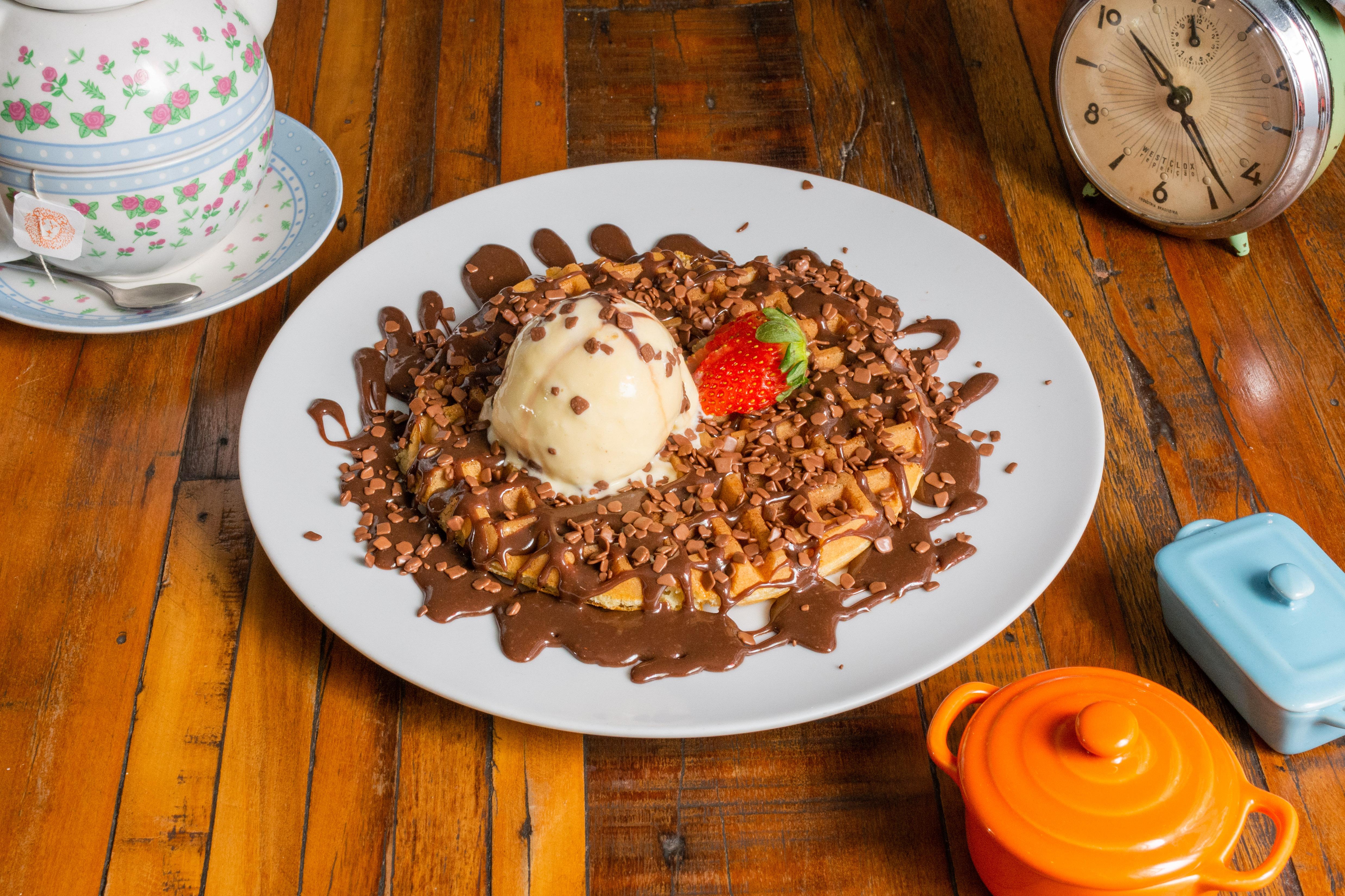 Malu Brigadeiro_Waffle com Brigadeiro e