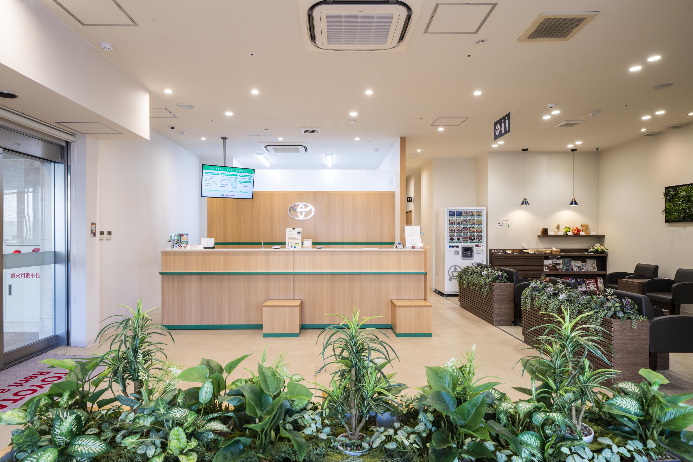 トヨタレンタカー山形駅西口店|山新建装
