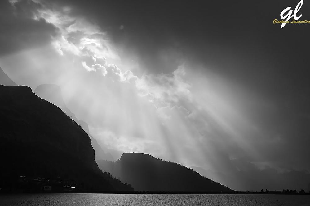 Tramonto sul Lago Fedaia - www.gianlucalaurentini.it