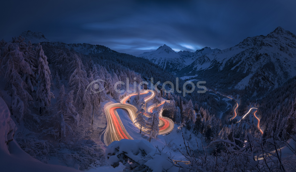 Svizzera_Engadina-MalojaPass_ScieAutoStradaConNevePANO319416-22