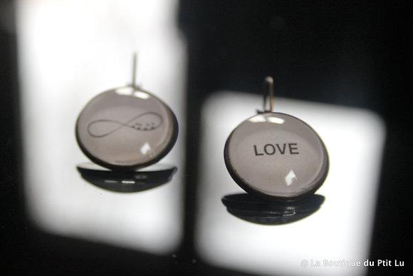 """Boucles d'oreilles cabochons """" love """""""