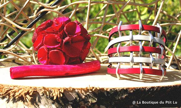 Bracelet manchette en cuir fuschia et crème