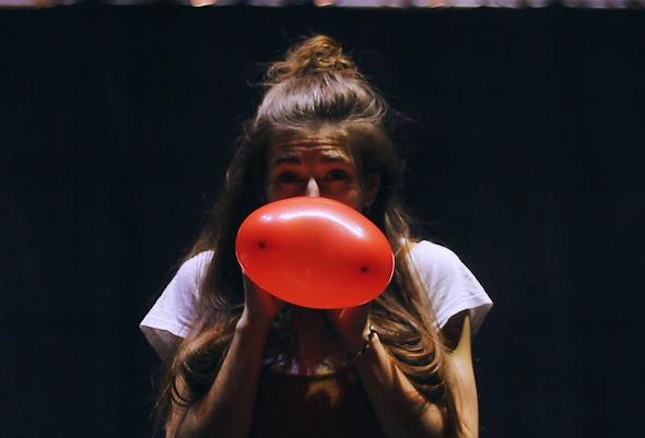 Teaser Le ballon rouge_Moment2.jpg