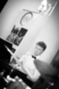 wedding entertainer edinburgh piano teacher edinburgh piano lessons edinburgh wedding entertainment edinburgh wedding pianist edinburghwedding pianist edinburgh