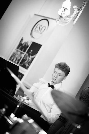 wedding entertainer edinburgh piano teacher edinburgh piano lessons edinburgh wedding entertainment edinburgh wedding pianist edinburghwedding pianist edinburgh