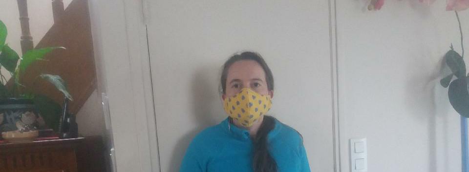 Vanessa qui fabrique aussi des masques