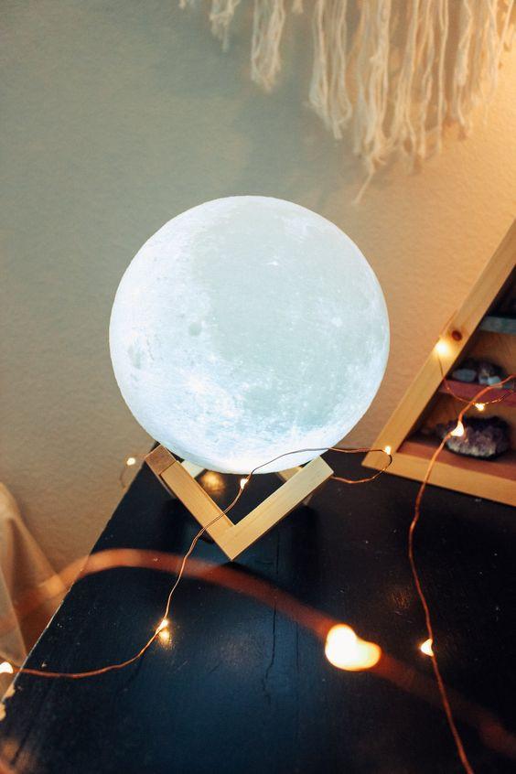quà noel cho bạn trai - đèn mặt trăng 3D