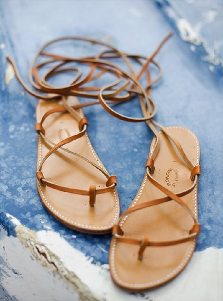 quà tặng 20-10 dành cho bạn gái - dép sandal