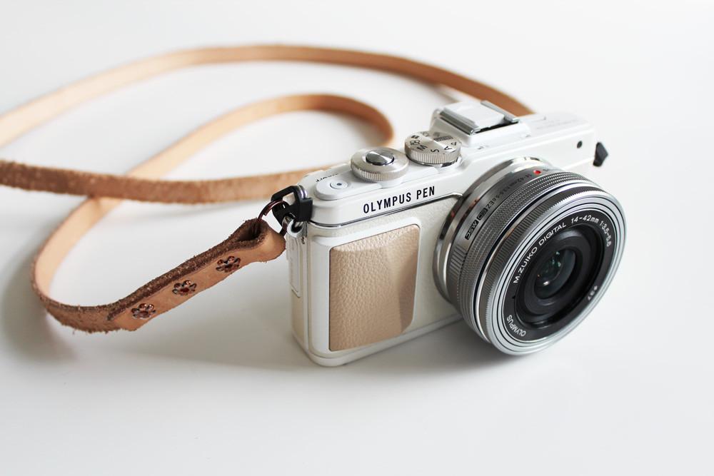 quà tặng sinh nhật cho bạn gái - máy ảnh