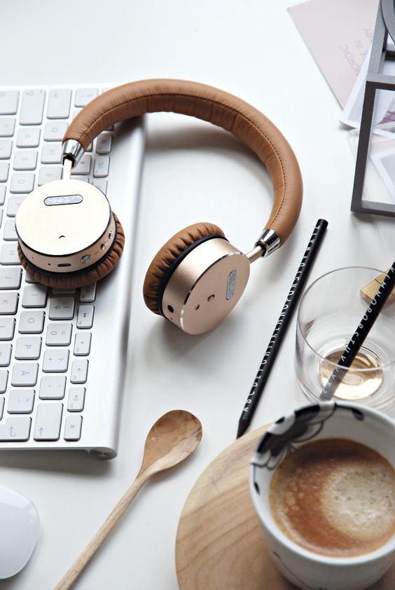Quà tặng shinh nhật cho bạn giá - tai nghe headphone