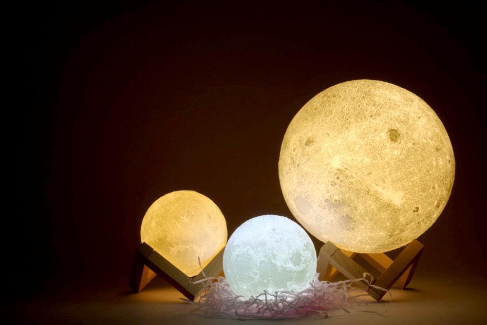 Đèn ngủ mặt trăng 10
