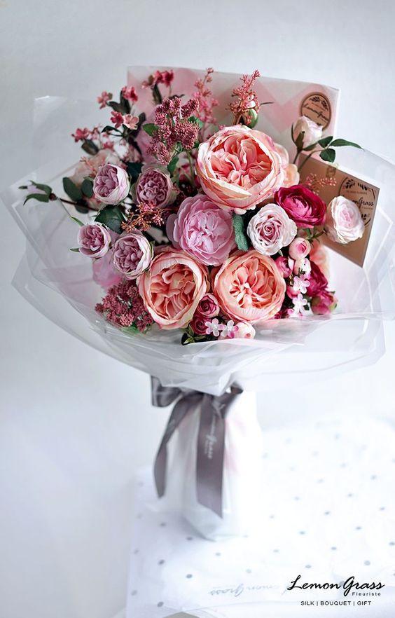 Quà tặng mẹ sinh nhật ý nghĩa - thiệp hoa