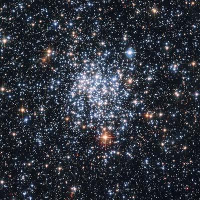 Star Cluster NGC 265 (http://hubblesite.org/)