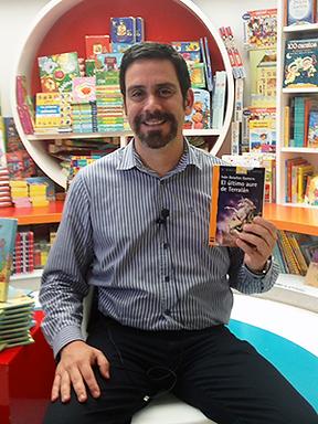 Ivan-Bolaños-Autor.png