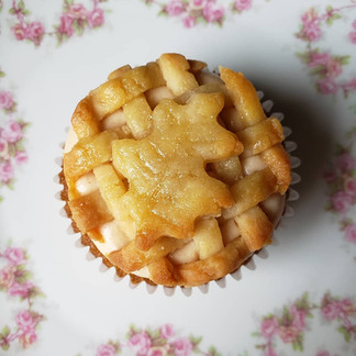 Caramel Apple Pie Cupcake