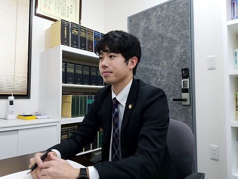 たかはし弁護士②.jpg