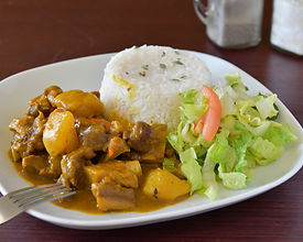 CravinJamaicanCuisine_CurryGoat_550x440.