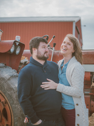Squire's Pumpkin Patch | Burlington, WI | Lifestyle Couples Photography | Mark + Becky
