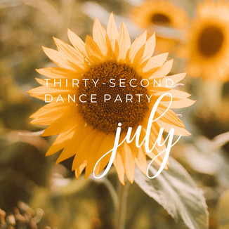 30-Second Dance Party: July | Wisconsin Lifestyle Photography | Playlist