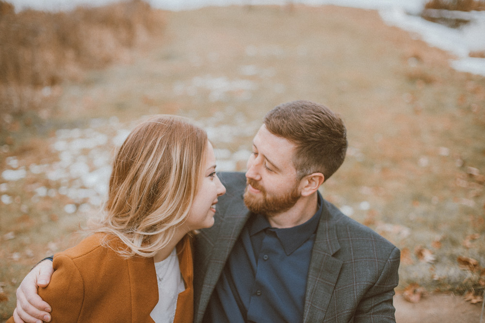 Lifestyle engagement photography by Anna Gutermuth.