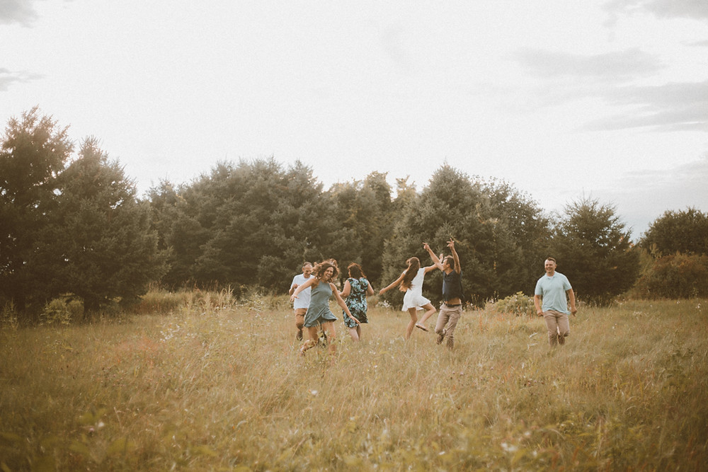 Lifestyle family photography by Anna Gutermuth.