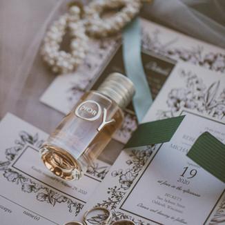 Wedding Invites & Holiday Cards From Basic Invite   Vendor Spotlight