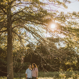 Memorial Park | Appleton, WI | Lifestyle Engagement Photography | Keely + Nick