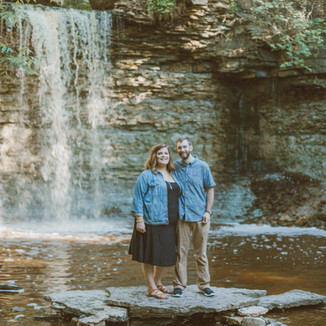 Wequiock Falls   Green Bay, WI   Lifestyle Engagement Photography   Rebecca + Richard