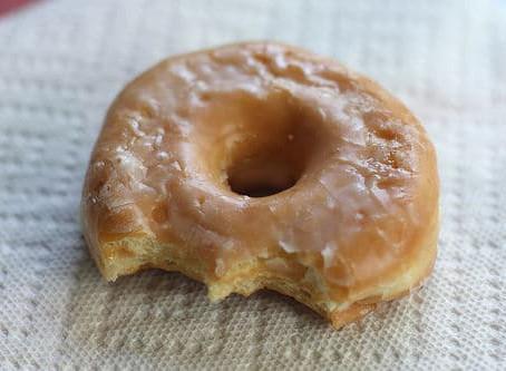 Donuts délicieusement sucrés à la pulpe d'amande