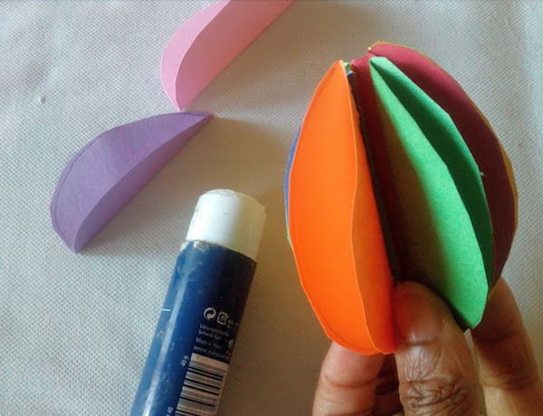 How to make a paper Easter egg for kids