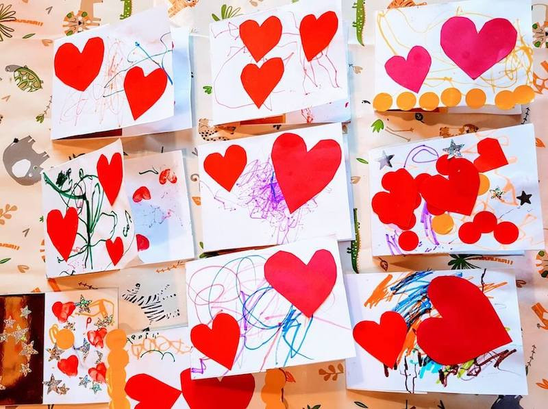 DIY valentine's day card for pre-schoolers.
