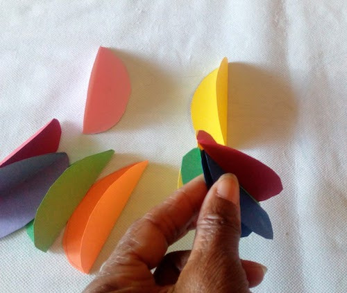 How to make a paper Easter egg activity