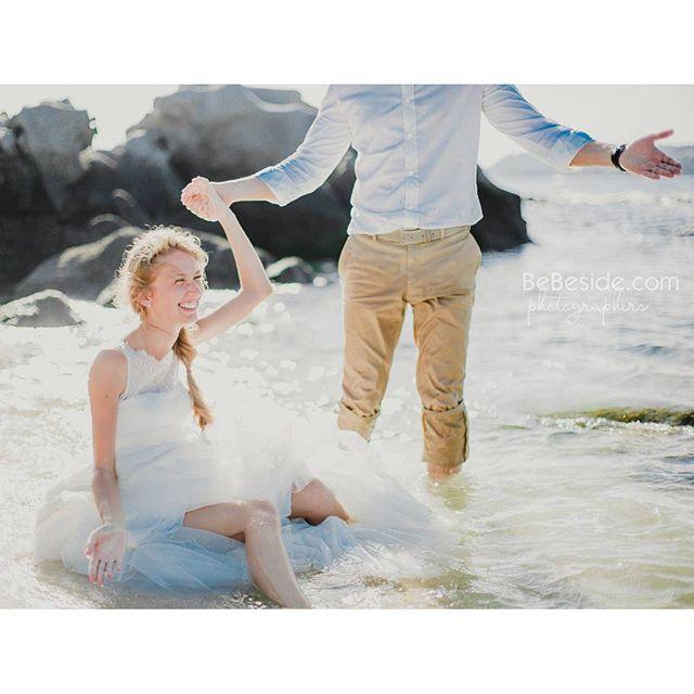 Бывает так,упадешь в воду,а фотограф кричит сиди сейчас сфоткаю)))) #thaiwedding #thailand #wedding