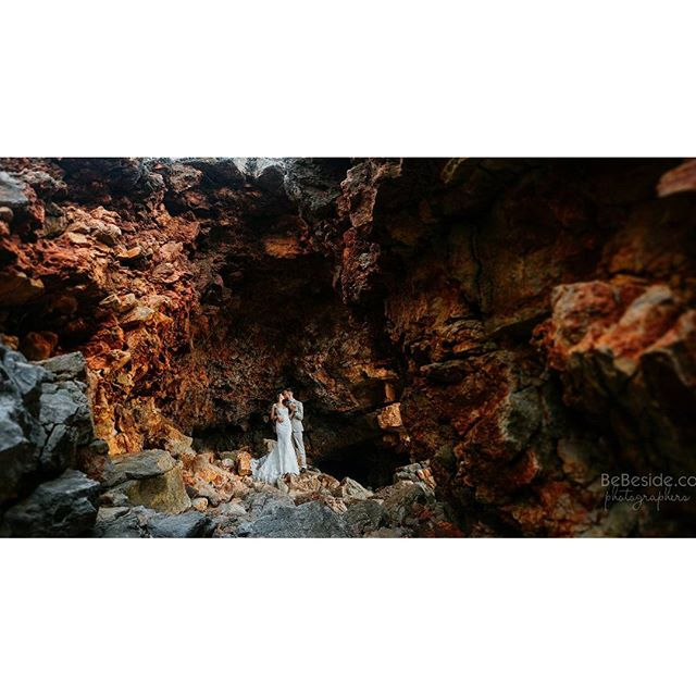 В недрах Черногории)) _christina_sagiryan #свадебныйфотографвчерногории #фотосессиявчерногории #лавс