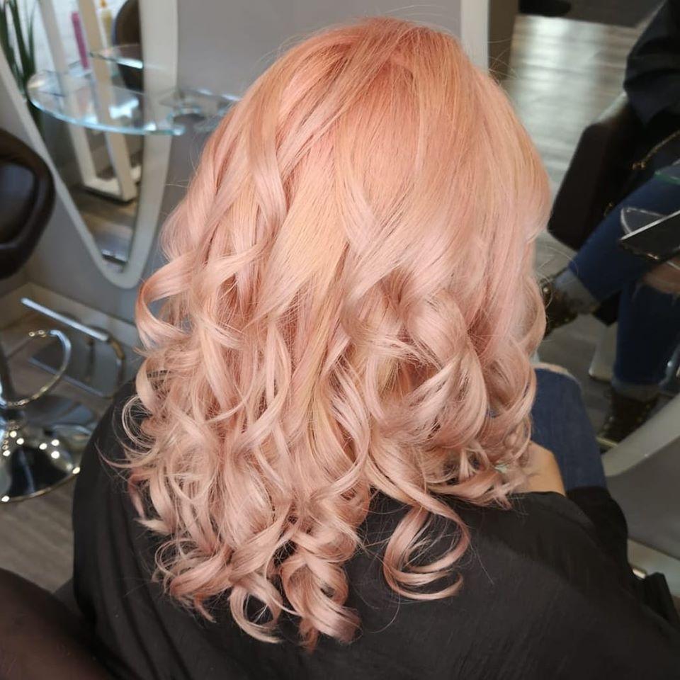 peach hair colour